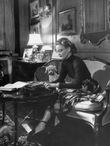 stackpole-peter-actress-pamela-curran-writing-on-typewriter